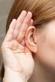 J'ai proposé l'utilisation d'huile à ma mère qui avait une perte auditive après un grave accident de travail.